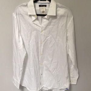 Banana Republic Men's Classic Fit Dress Shirt